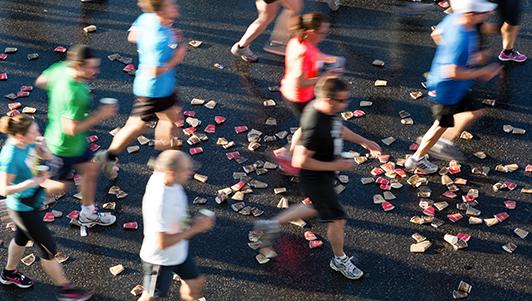 Corridas de rua e até maratonas estão abertas aos diabéticos. Basta tomar os devidos cuidados